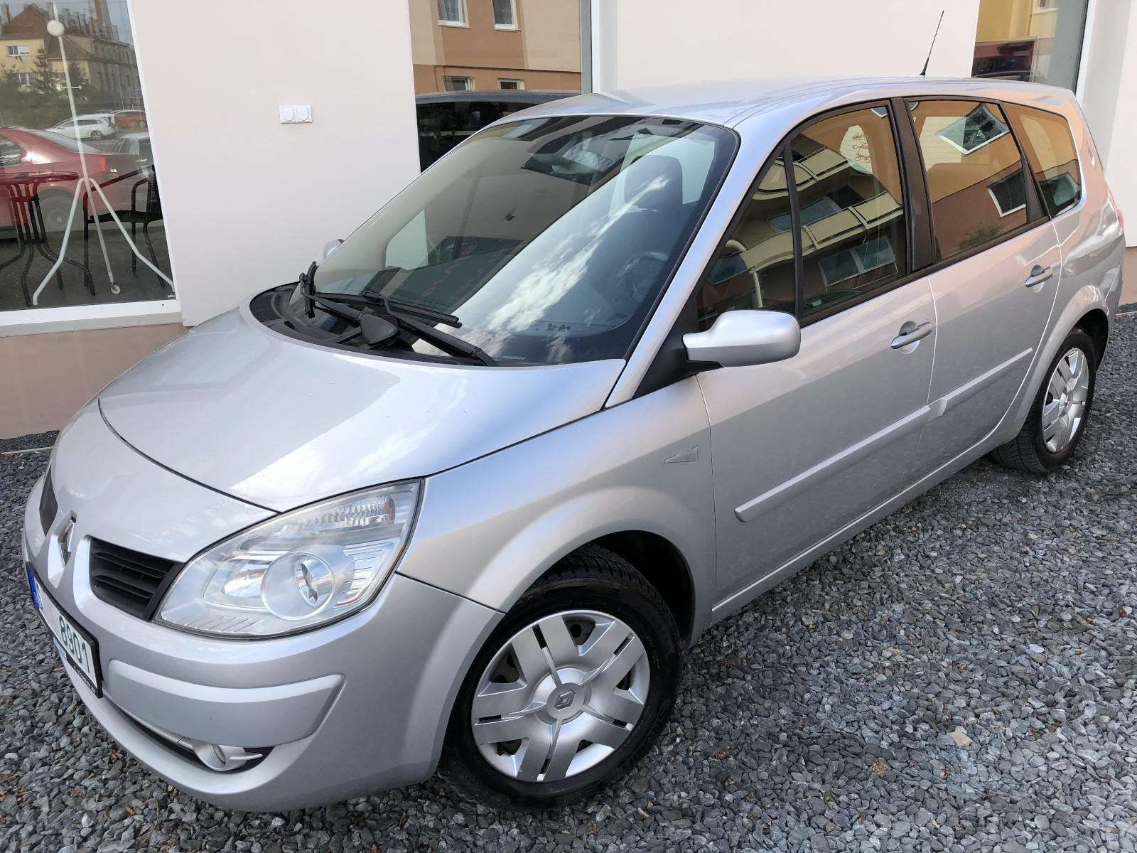Renault Grand Scenic 1.9dCi 96kW
